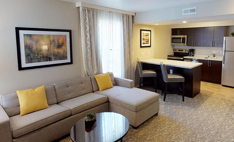 Chase Suite Hotel Newark California - Suite
